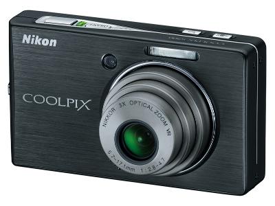 Nikon CoolPix S500 Compact Digital Camera