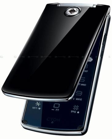 Устройство оборудовано 2.8-дюймовым LCD экраном и внешним светодиодным...