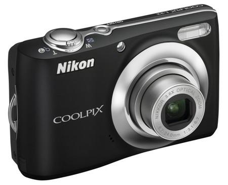 Nikon CoolPix L22 Digital Camera black