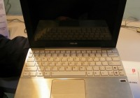 Asus Eee PC 1018P Hands-on silver