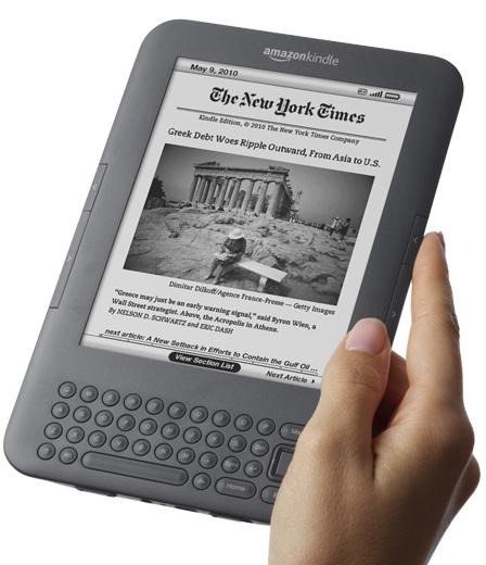 Amazon-Kindle-3G+WiFi-e-book-reader-on-hand.jpg