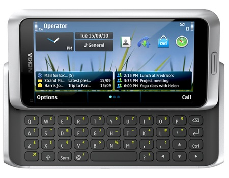 Nokia E7-00 Symbian^3 Phone with QWERTY silver
