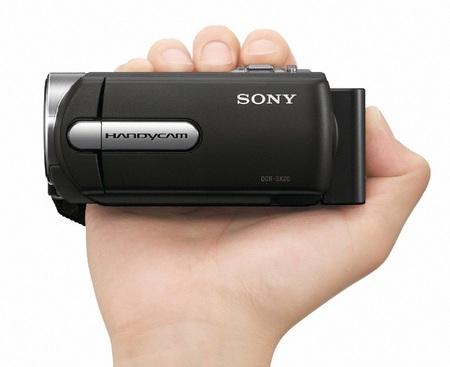 Sony Handycam DCR-SX15E and DCR-SR15E Standard Definition Camcorders