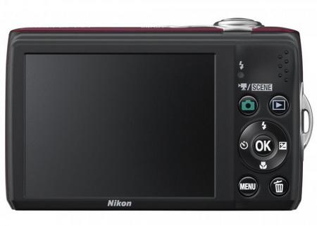 Nikon CoolPix L24 digital camera back