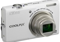 Nikon CoolPix S6200 Compact 10x Zoom Camera white