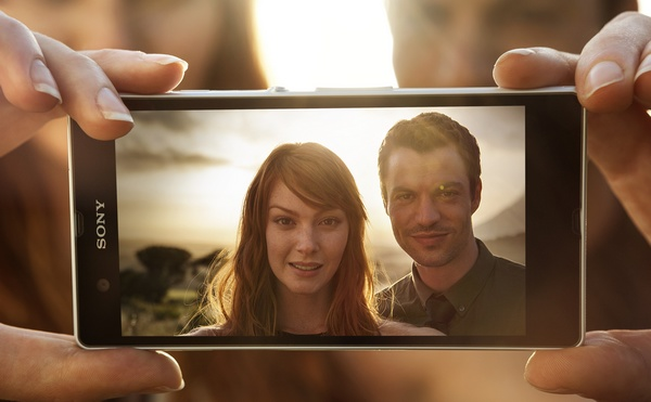 Sony Xperia Z 5-inch Full HD Android Smartphone with HDR Video in use photo