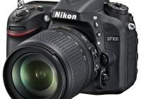 Nikon D7100 DX-Format DSLR angle