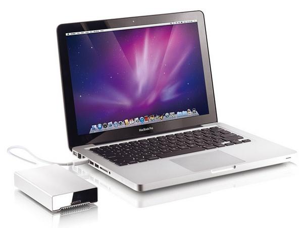 Akitio 256 GB Neutrino Thunderbolt External SSD in use with mac